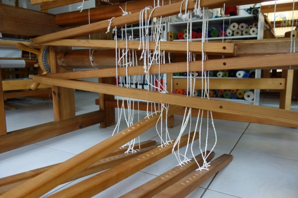December 2017: a loom and a convenient treadle tie up method